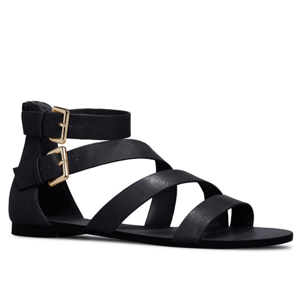 8cede89a7bd Black strapped sandals